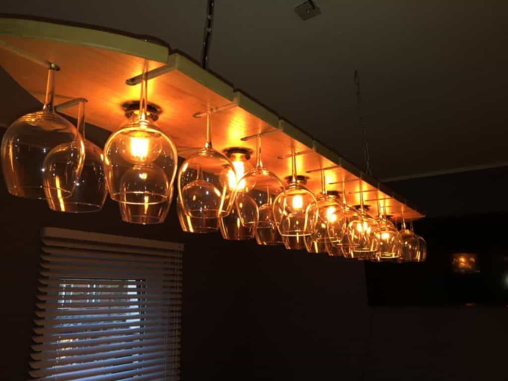 eiken lamp met wijngklazen